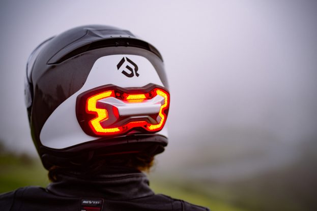 Helmet Brake Light slimme motorhelm