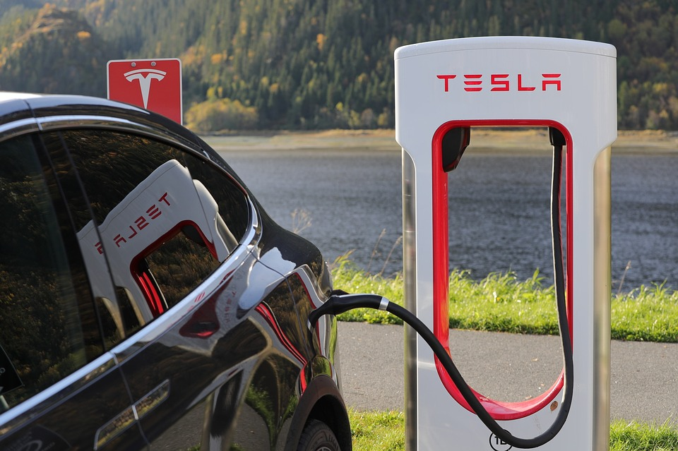 Tesla Supercharger stations voor elektrische auto