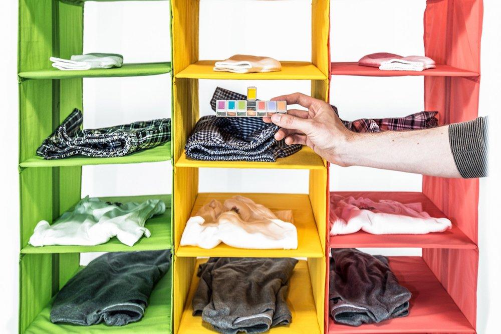 Pratt Institute kleding organizer in de vorm van pillendoos voor mensen met Alzheimer