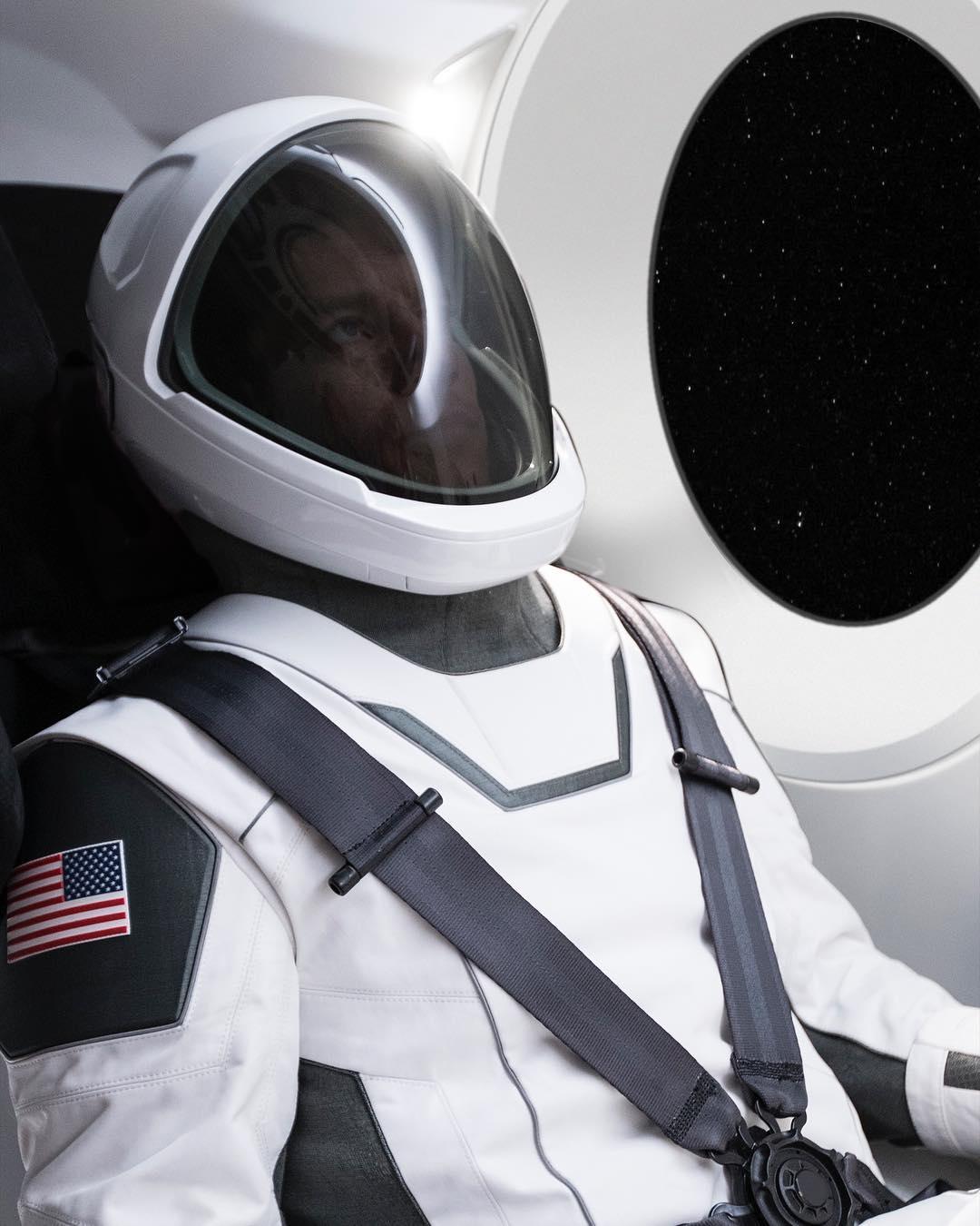 Elon Musk SpaceX ruimtepak