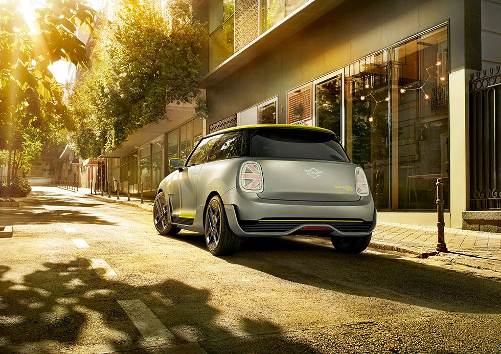 bmw toont toekomst stadsrijden met elektrische mini conceptauto want. Black Bedroom Furniture Sets. Home Design Ideas