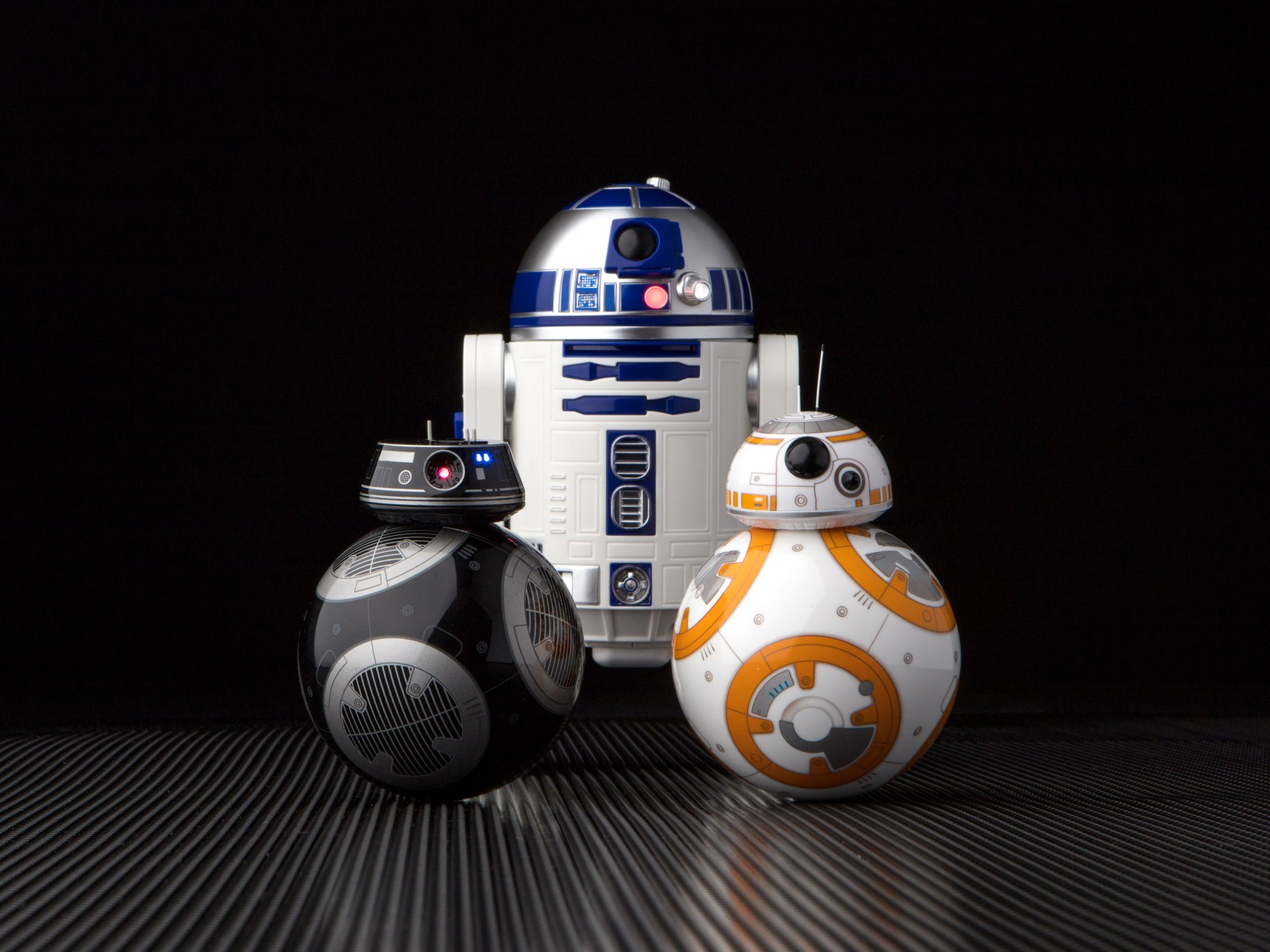 May the toys be with you sphero onthult fantastische - Robot blanc star wars ...