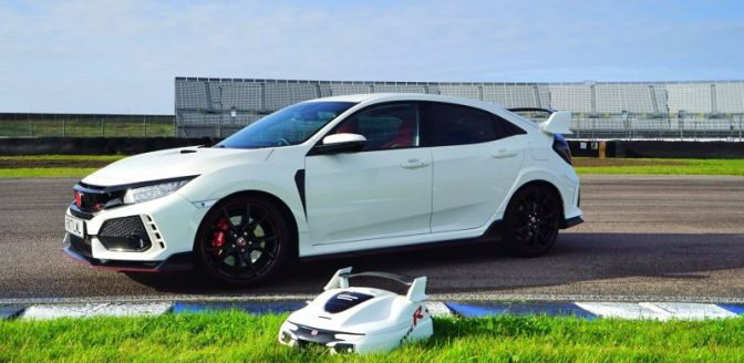 Honda Civic Type R grasmaaier