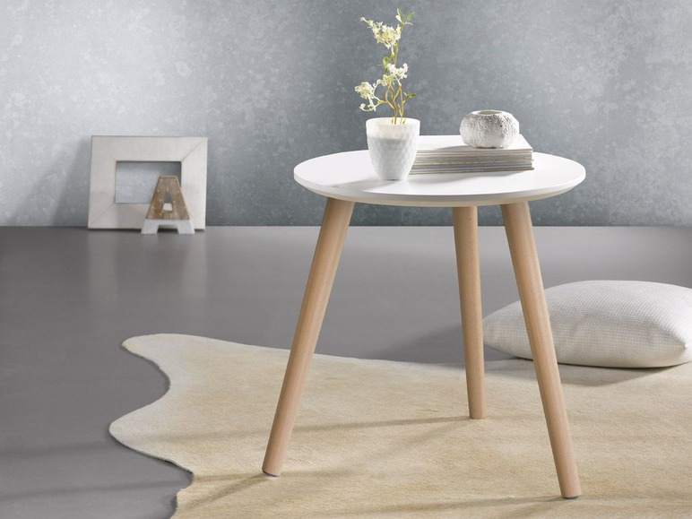 Van Houwelingen Meubels : Niet alleen eten en gadgets de lidl biedt mooie én betaalbare meubels