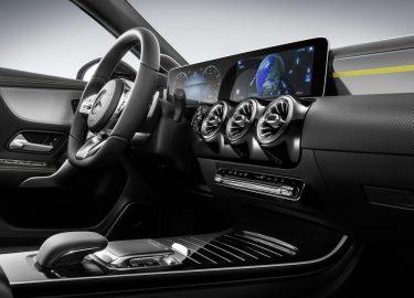 Nieuwe Mercedes Benz A Klasse Krijgt Volledig Digitaal Dashboard Want