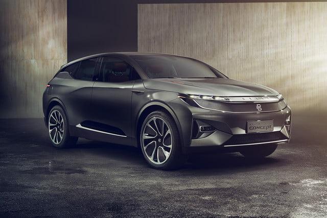 Tesla Killer Byton Onthult Elektrische Auto Met 49 Inch Touchscreen