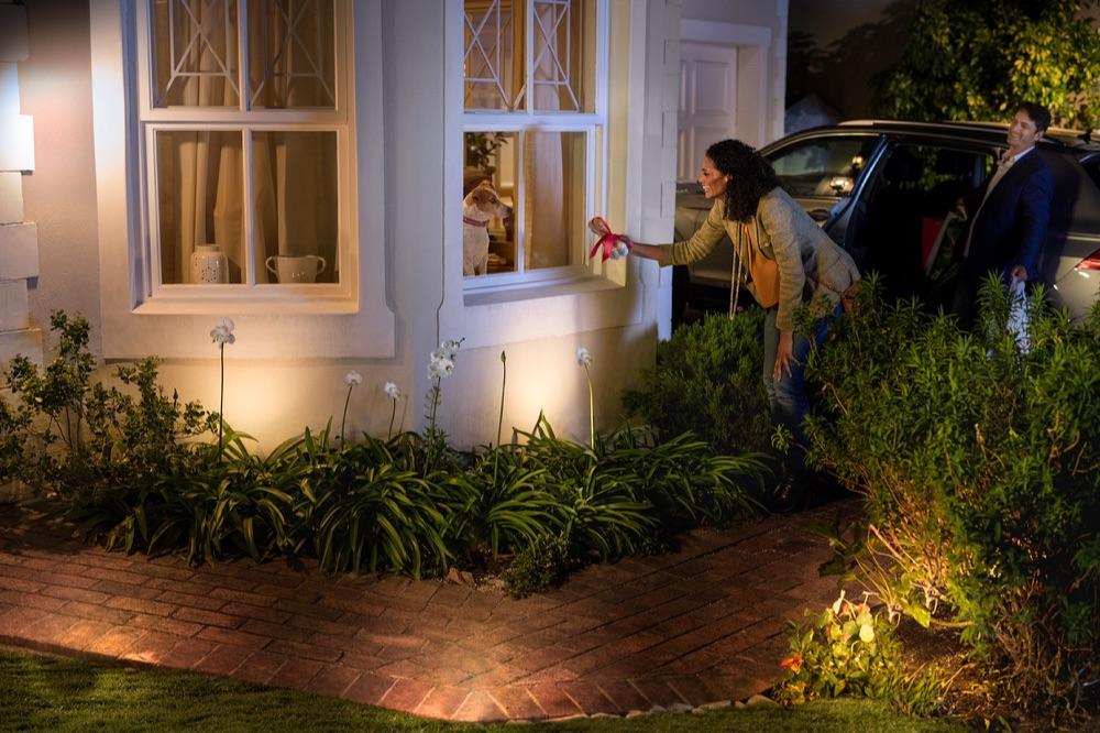 Philips Hue straks ook als slimme tuinverlichting verkrijgbaar - WANT
