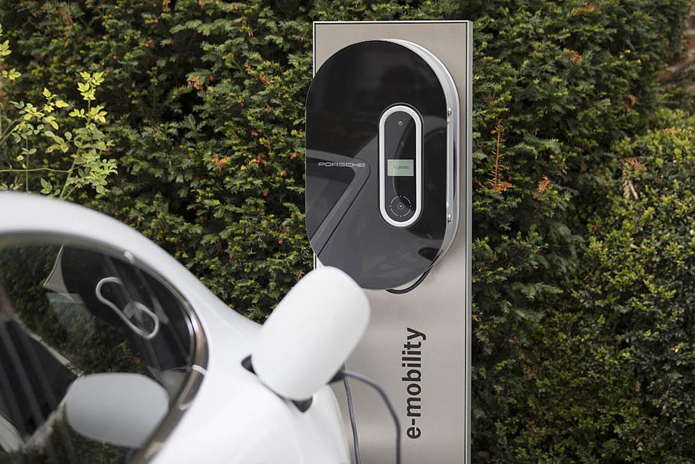 Porsche e-mobility elektrische auto's