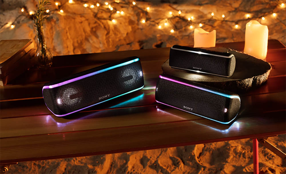 Sony SRS-XB31 speakers