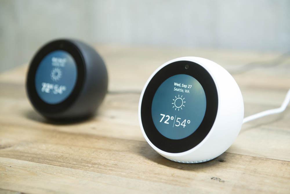 Echo Spot slimme Bluetooth speakers