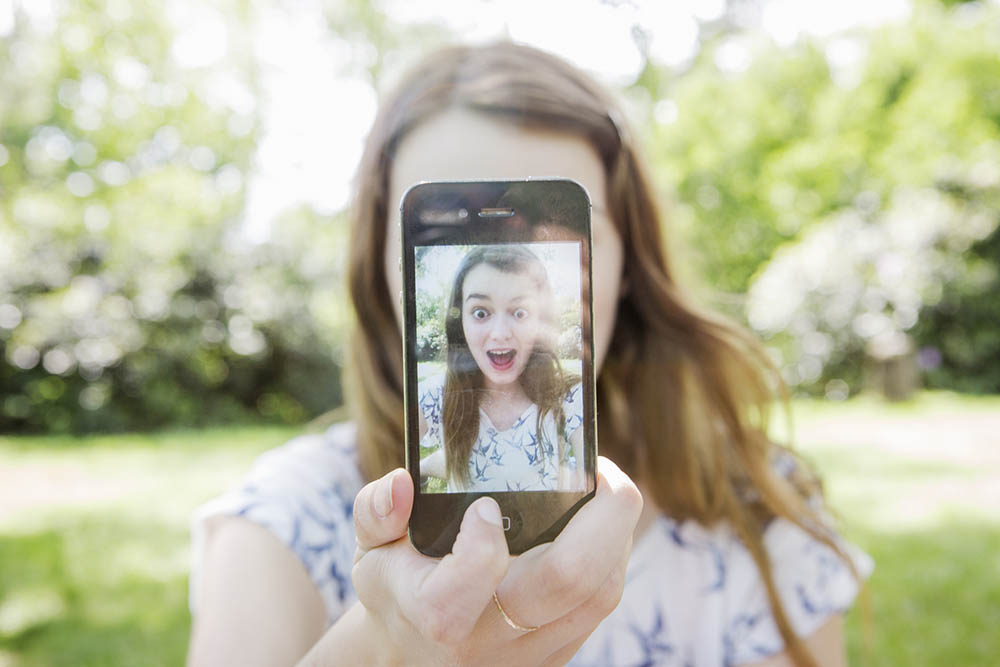 meisje smartphone