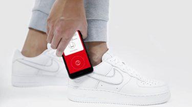 84440ed5005 Nike's sneakers vertellen je binnenkort van alles - WANT