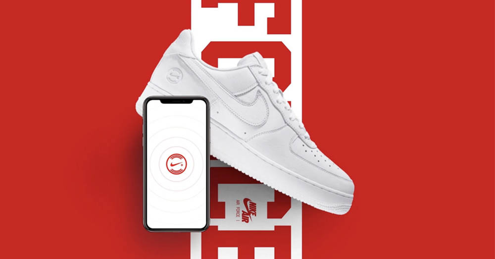 NikeConnect Air Force 1