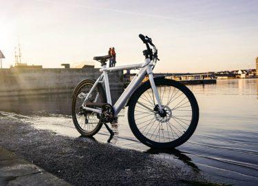 Lichte Elektrische Fiets : Deense elektrische fiets is zo licht als een veertje en zo stil