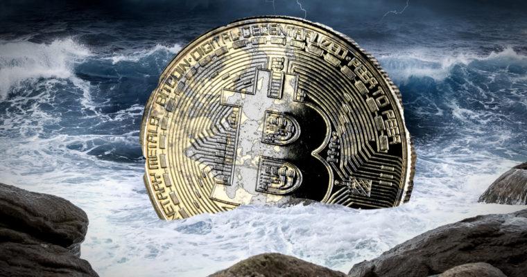 Bitcoin munt in de zee