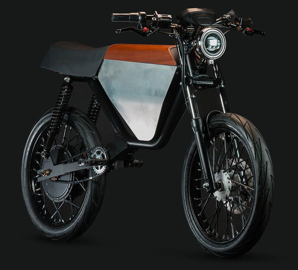 Onyx RCR moped