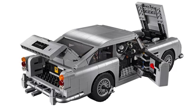 James Bond Aston Martin DB5 LEGO set 1