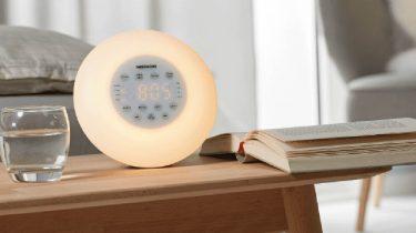 Kinderwekker Met Licht : Action aldi en lidl superaanbieding van de week wekkerradio met