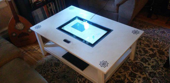 Ikea hack touchscreen tafel