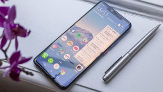 Huawei Mate 20 Pro review design