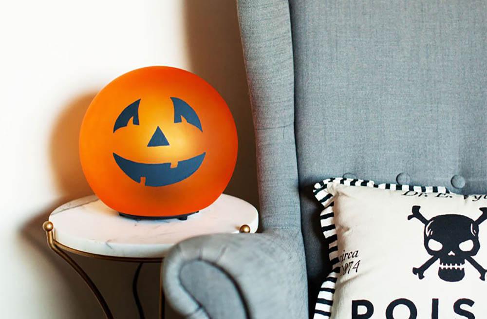 Ikea hack halloween pompoen