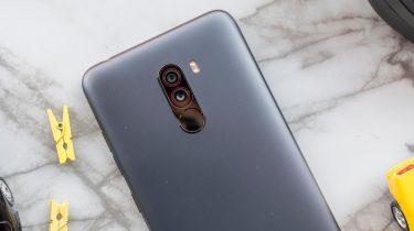 Xiaomi Pocophone F1 review 00