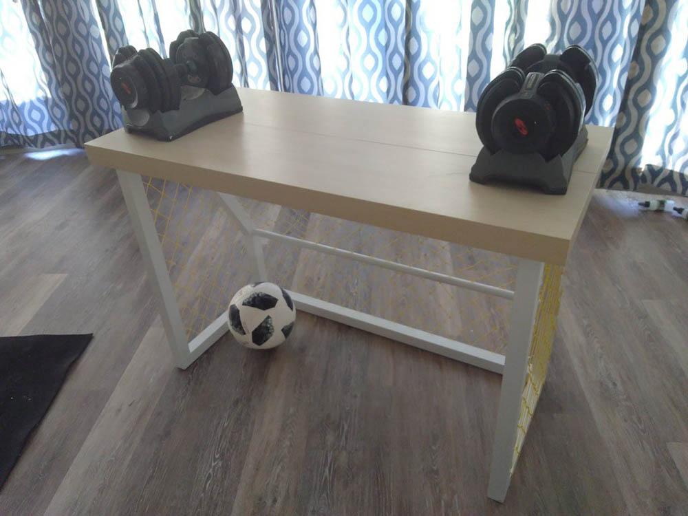 Ikea hack voetbal bureau