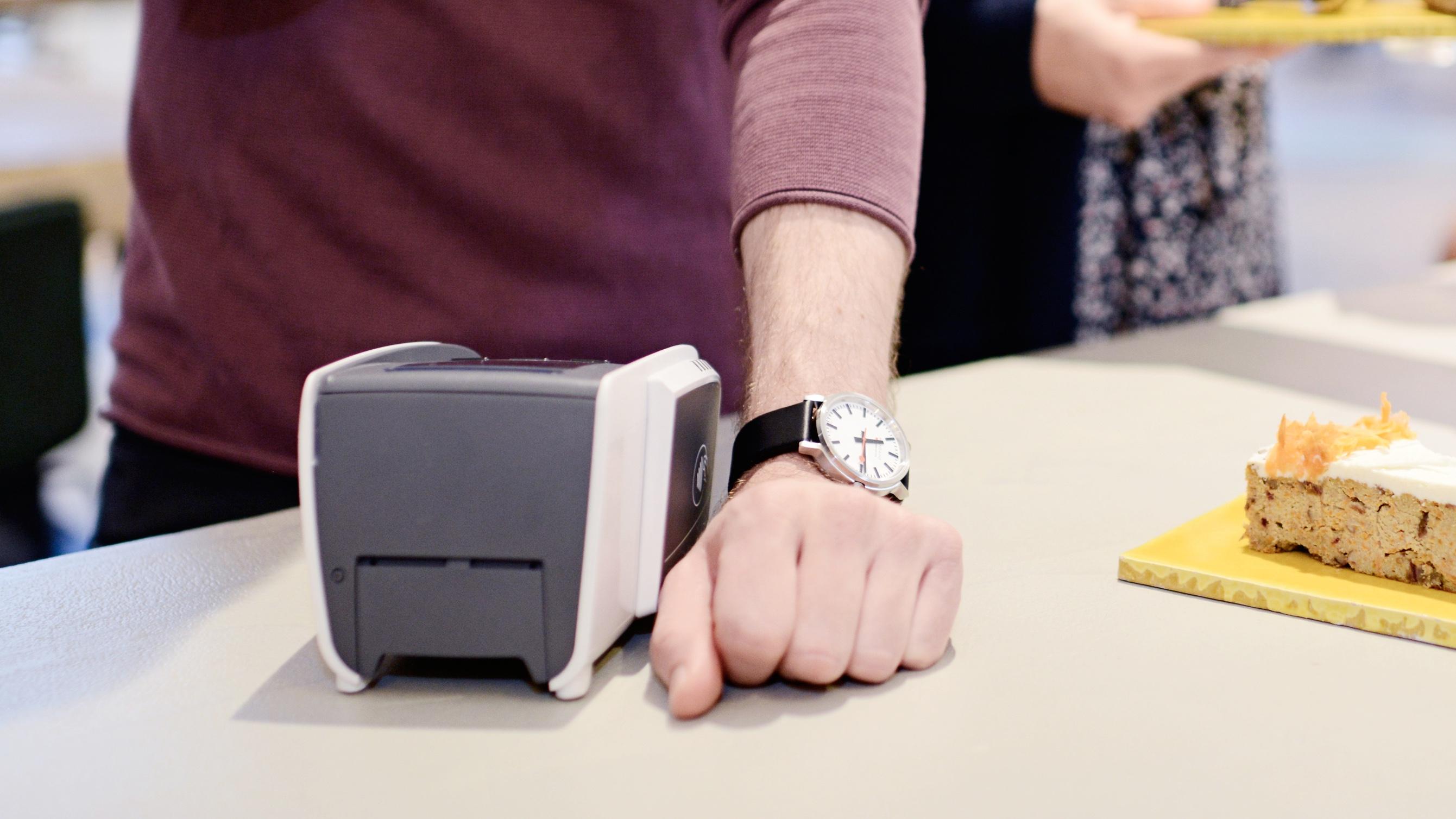 Abn Amro betalen met ring horloge wearable