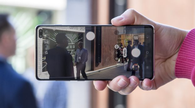 Samsung Galaxy S10 Plus preview camera