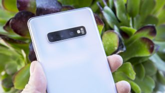 Samsung Galaxy S10 Netflix feature