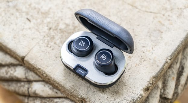 B&O Beoplay E8 2.0 review design