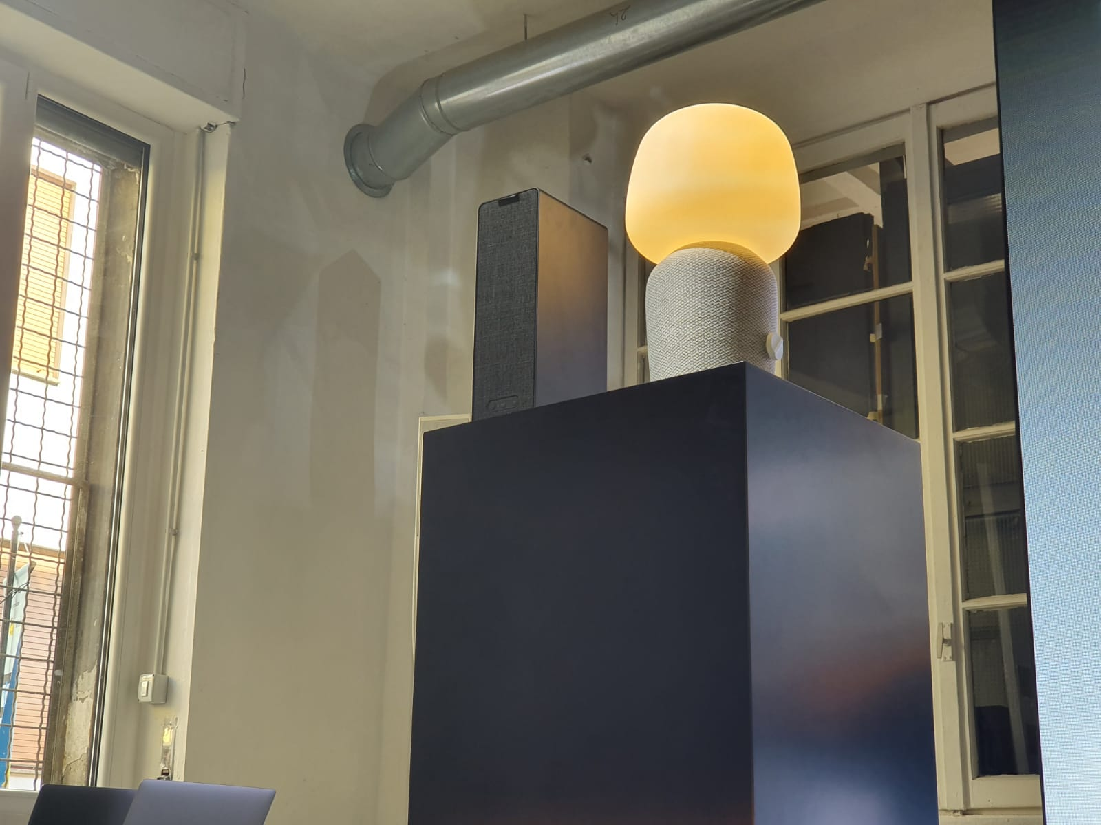 IKEA Sonos SYMFONISK tafellamp boekenplank speaker