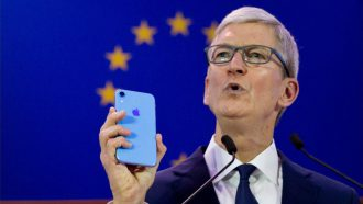 Apple Tim Cook privacy