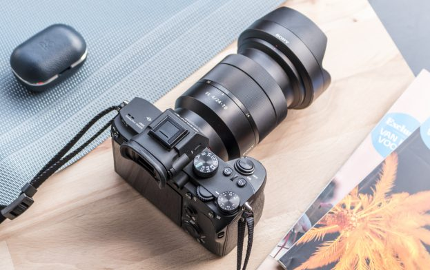 Sony A7 Mark III review design