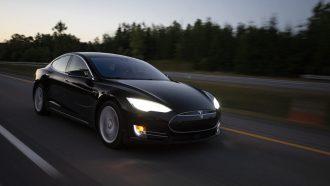 Tesla zelfrijdend autopilot veilig