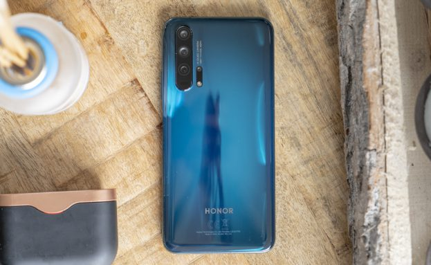 Honor 20 Pro review design