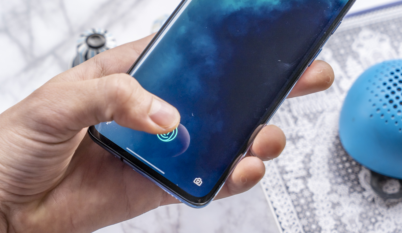 OnePlus 7T Pro review vingerafdrukscanner