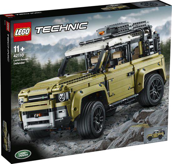 De LEGO Technic Land Rover Defender.