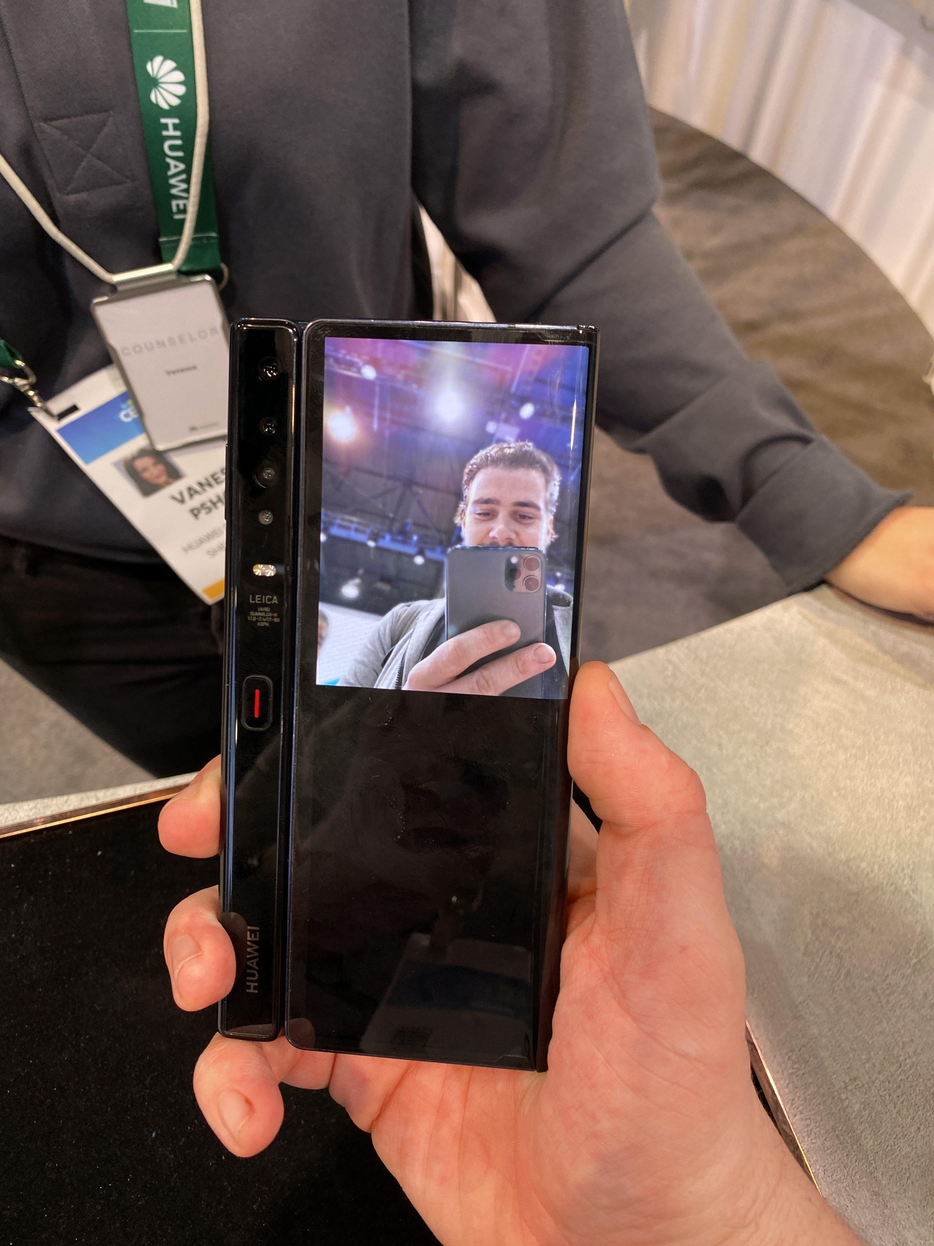 Huawei Mate X CES 2020