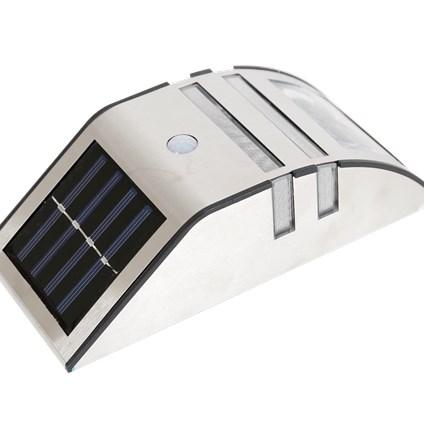 Action solar wandlamp