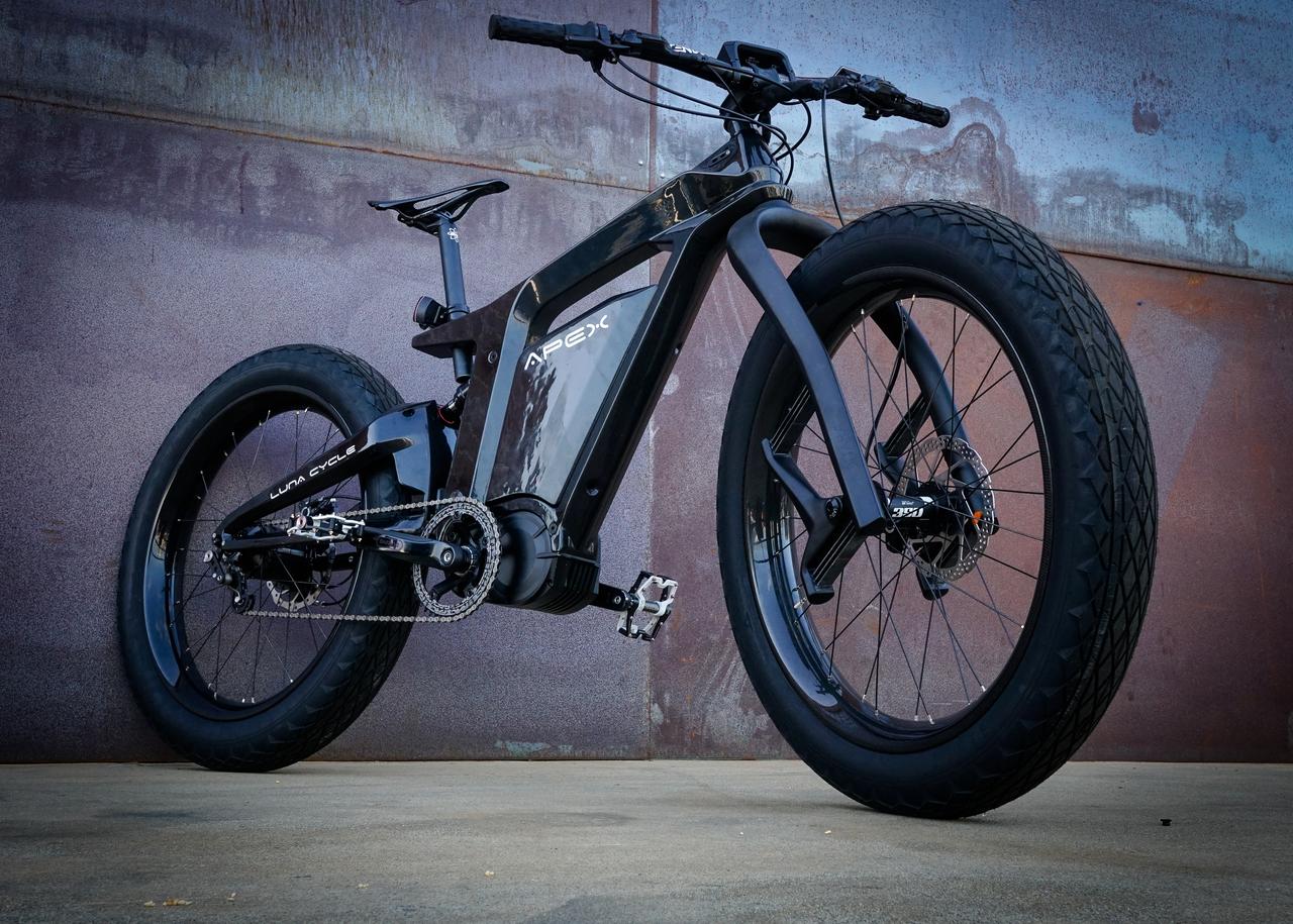 Luna Cycle Apex e-bike